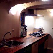 spare boat-kitchen-1