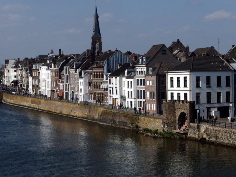 Cheap hotel in Maastricht Water