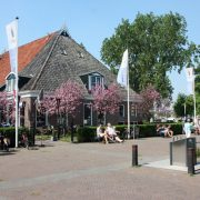 Hotel Terherne Frisian jezior